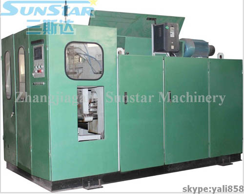 Automatic Bottle Extrusion Blowing Machine